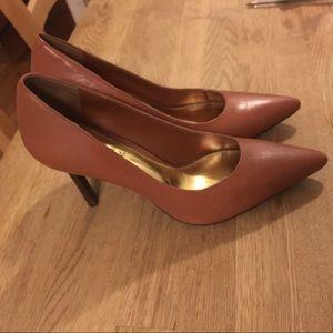 Ralph Lauren Shoes - Ralph Lauren pumps; 6.5